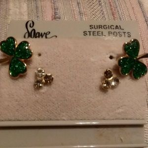 NOC Soave stud pierced earrings